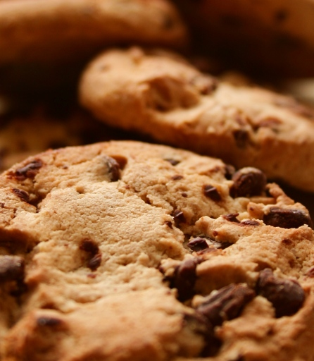 Free_Macro_Chewy_Cocolate_Chip_Cookies_Creative_Commons