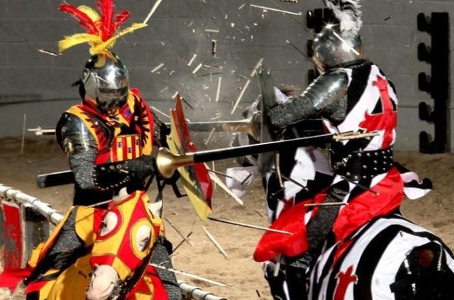MedievalTImes_2Knights_674x446